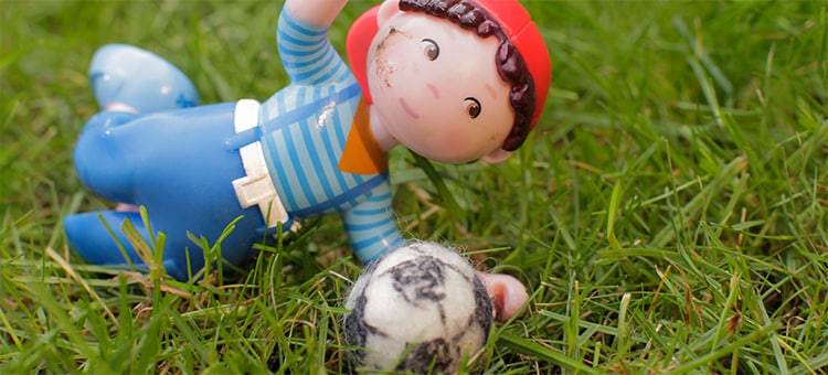 t-750-haba-little-friends-matze-fussball-filzen-or.jpg