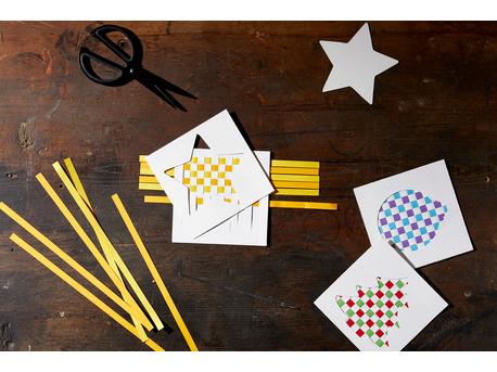 "Fröbel ""Christmas Weaving Cards"""